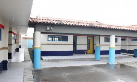 Professora de Passo de Torres morre com suspeita de meningite