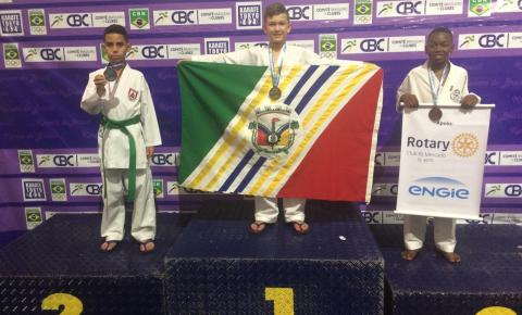 Cocal do Sul conquista 14 medalhas na final do Campeonato Brasileiro de Karatê
