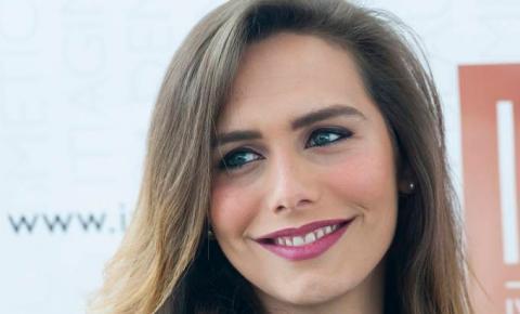 1ª mulher trans a participar do Miss Universo rebate crítica