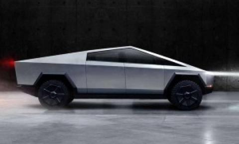 """Vidro """"inquebrável"""" de caminhonete da Tesla quebra em apresentação do veículo"""