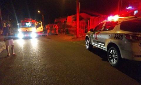 Assaltante invade residência e acaba esfaqueado por idoso de 82 anos