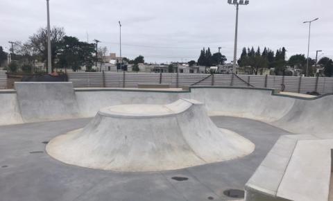 Pista do skatepark é concluída; obras de acesso serão realizadas na próxima semana