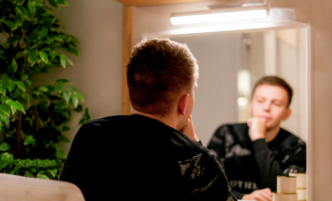 Visagismo e a maquiagem masculina: um tabu a ser quebrado
