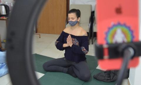 Dia da Yoga: em tempos de pandemia, técnica milenar ajudou aliviar a tensão em tempos difíceis