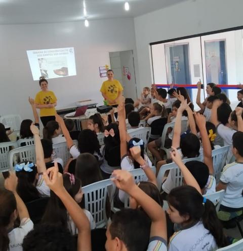 Proteção Animal é tema de palestra educacional