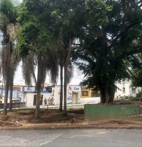 Adequação de recuo em obra é realizado pela prefeitura de Cocal do Sul