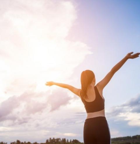 Psiquiatra esclarece diferenças entre a felicidade e a alegria